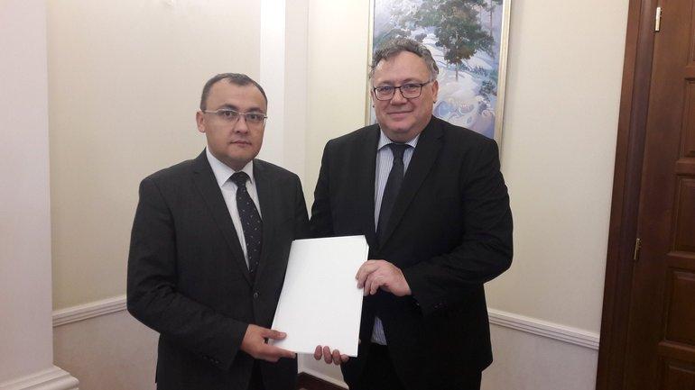 Иштван Ийдярто начал работу в Украине - фото 1