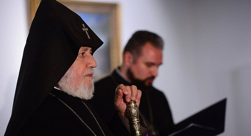 Армянская апостольская церковь против предоставления томоса Украине - фото 1