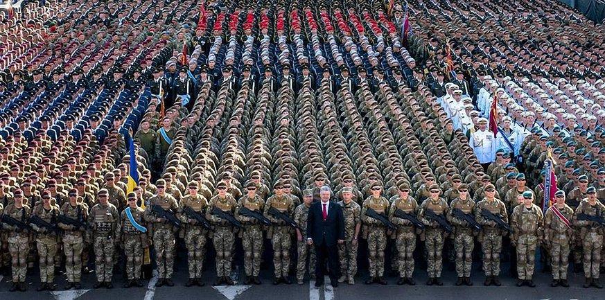 Верховная Рада ввела военное положение в Украине - фото 1