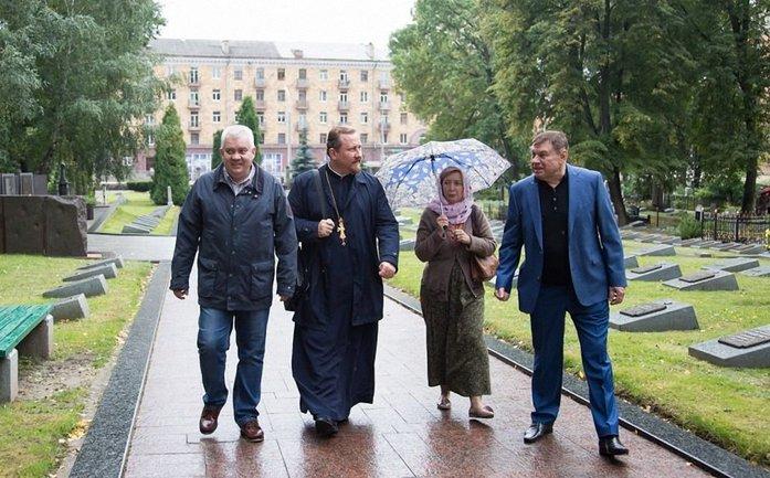 Кирилл Колючкин (слева) может заниматься подготовкой к фактической оккупации Беларуси - фото 1