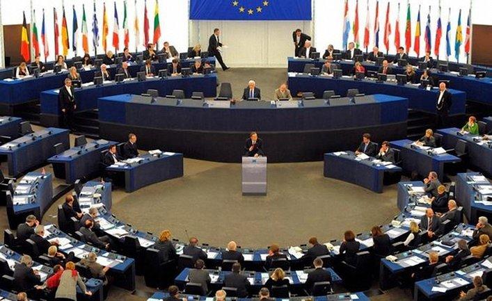 В Европарламенте решили наказать русских - фото 1