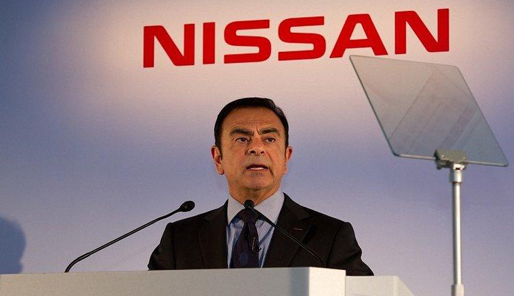 Экс-руководитель Nissan и Renault продлили арест - фото 1