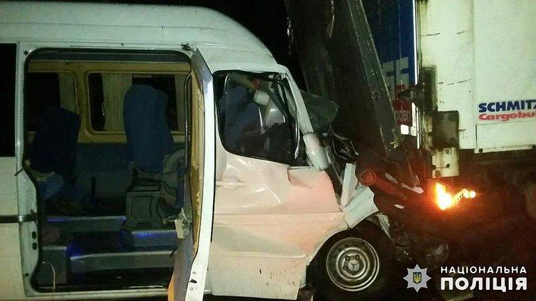 В ДТП пострадали 15 пассажиров - фото 1