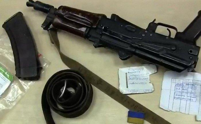 Украинский военный попал в плен к террористам - фото 1