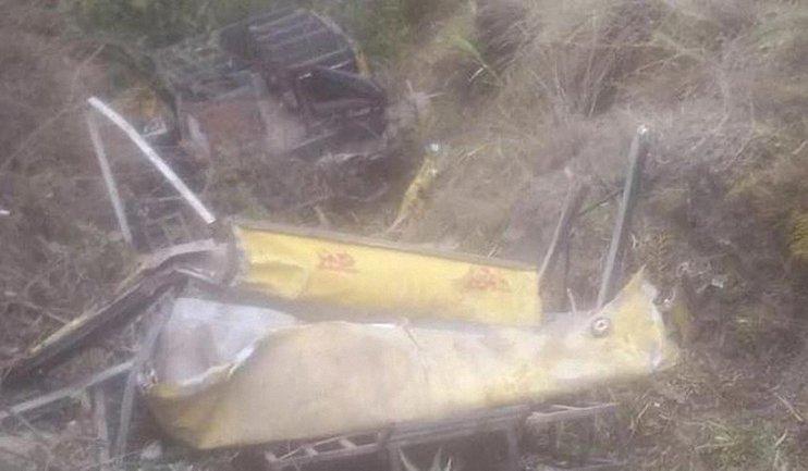 В Индии автобус с детьми упал в ущелье - фото 1