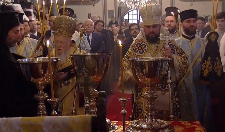 Православная церковь Украины получила автокефалию - фото 1