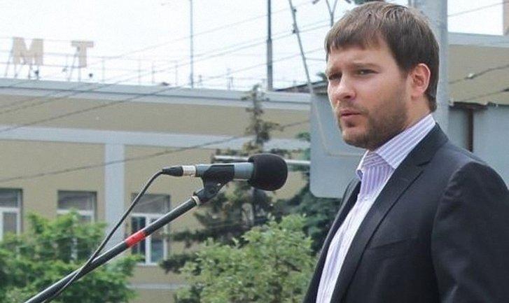 Дмитрия Автономова кинули на подвал вместе с родней - фото 1