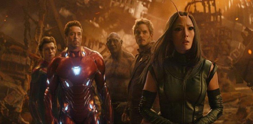 """Создатели """"Мстителей"""" покажут смертельно больному фанату фильм до премьеры - фото 1"""