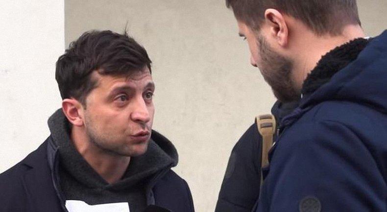 """Зеленский катается в сопровождении машин группы """"Приват"""" - фото 1"""