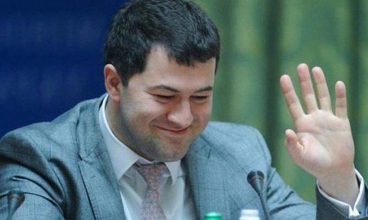 Насиров решил, что имеет право на отпуск - фото 1