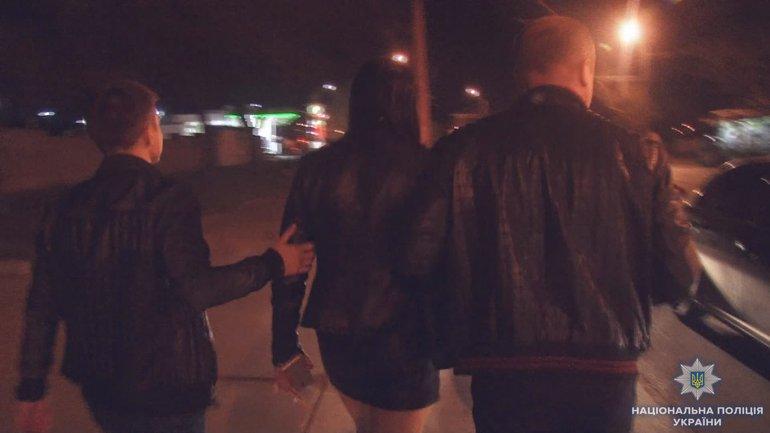 В Украине нашли 955 проституток - фото 1