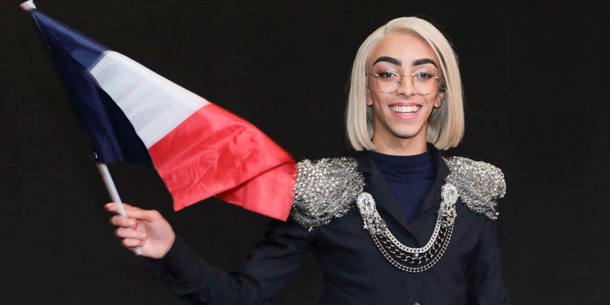 Певец-андрогин из Франции получает много угроз от хейтеров - фото 1