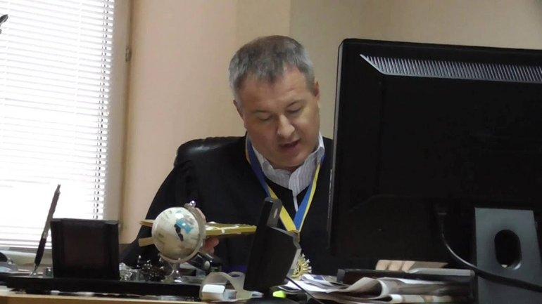 Константина Васалатия, который вершил правосудие над Януковичем, отстранили - фото 1