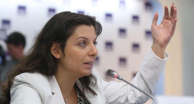 Маргарита Симоньян бьется в истерике - фото 1