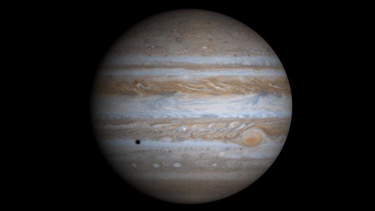 Астрономы запустили конкурс: надо назвать 5 спутников Юпитера - фото 1