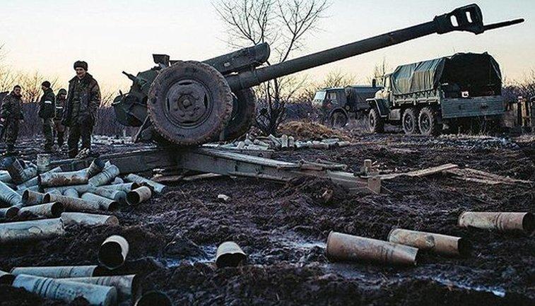 На Донбассе вовсю работает артиллерия - фото 1