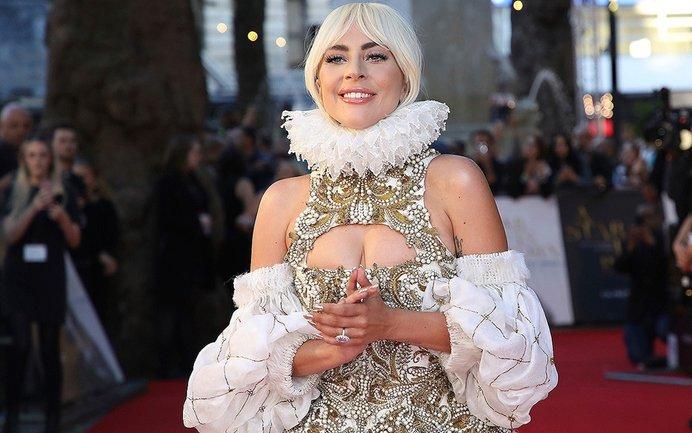 Леди Гага удивила новой фотосессией - фото 1