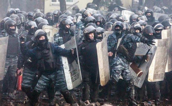 Силовик избивал активистов на Майдане и стал генералом - фото 1