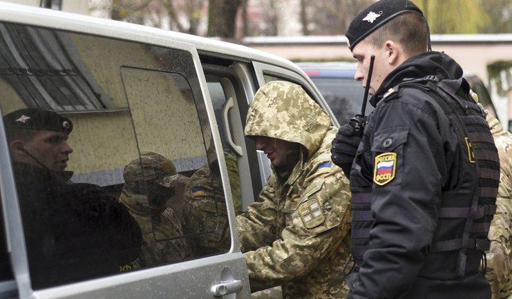 Русские могут дать украинскому консулу доступ у военнопленным морякам - фото 1