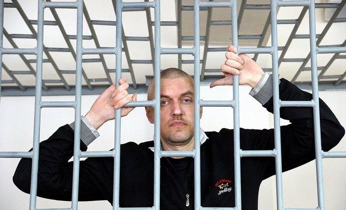 Российские врачи проверяют, есть ли онкология у Станислава Клыха - фото 1