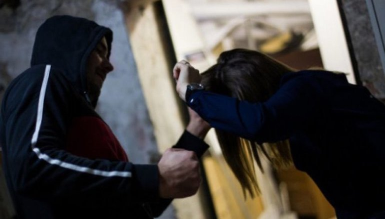 Бродяга избил представительницу ОБСЕ - фото 1