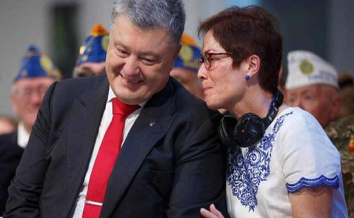 """Порошенко поддержал Йованович после скандала со """"списком"""" - фото 1"""