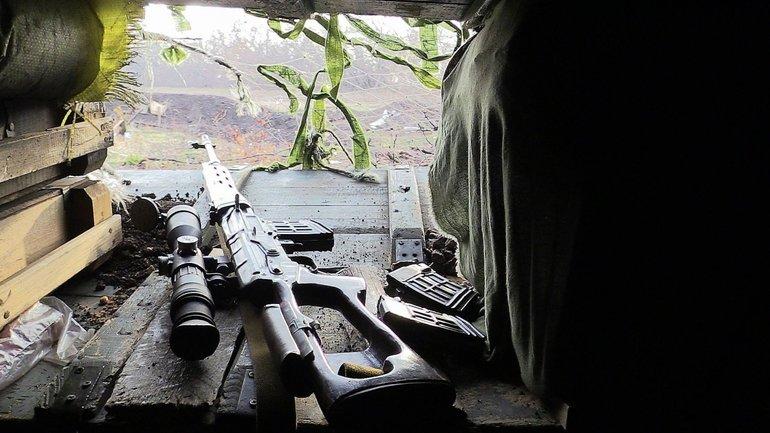 На Донбассе снайпер убил украинского военного медика - фото 1