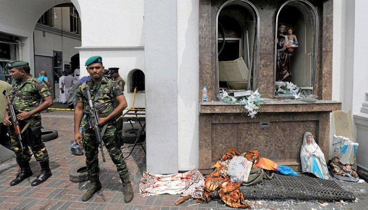 Теракт на Шри-Ланке: Число погибших возросло до 215 - фото 1