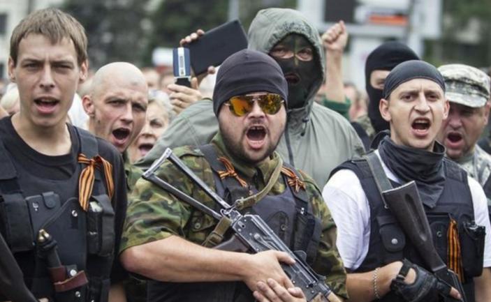 Жителей ОРДЛО лишат украинского гражданства: названо условие  - фото 1