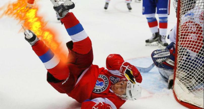 Путин поиграл в хоккей и грохнулся об лед – ВИДЕО - фото 1