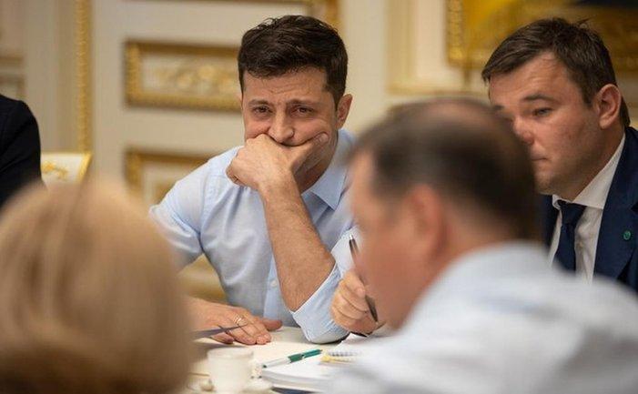 Зеленский хочет принять дела у команды Порошенко - фото 1