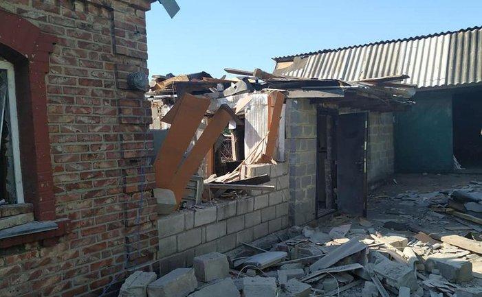 Российские террористы цинично обстреляли мирных жителей в Марьинке - фото 1