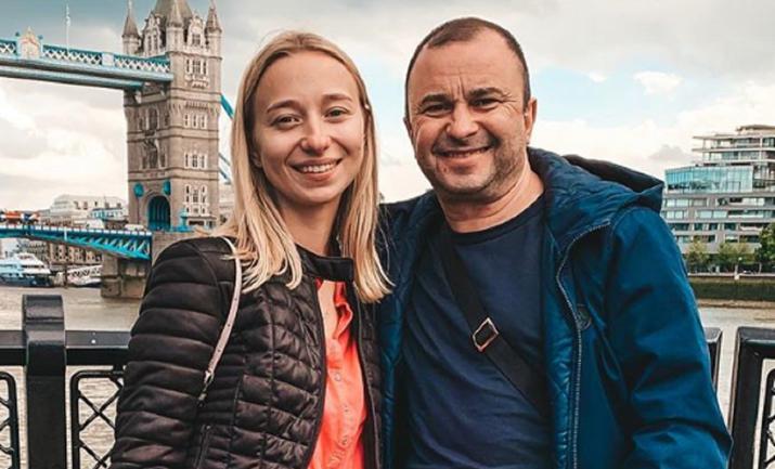 Виктор Павлик бросил жену. Ради молоденькой - ФОТО - фото 1