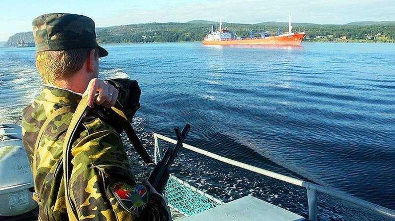 В России задержали судно с украинцами. Что творится?  - фото 1