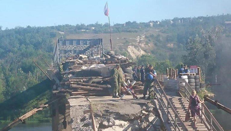 Боевики сохранили наблюдательные пункты у Станицы Луганской, и даже возводят новые - фото 1