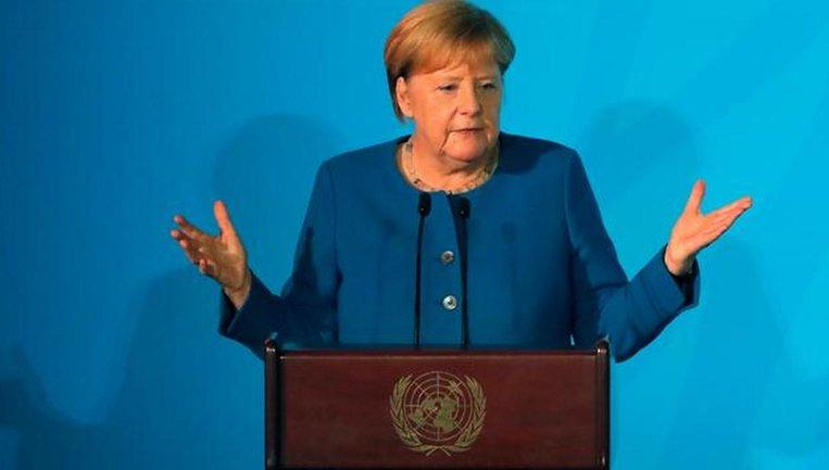 Меркель не нравится идея интеграции Украины в НАТО: а то Путин нападет - фото 1