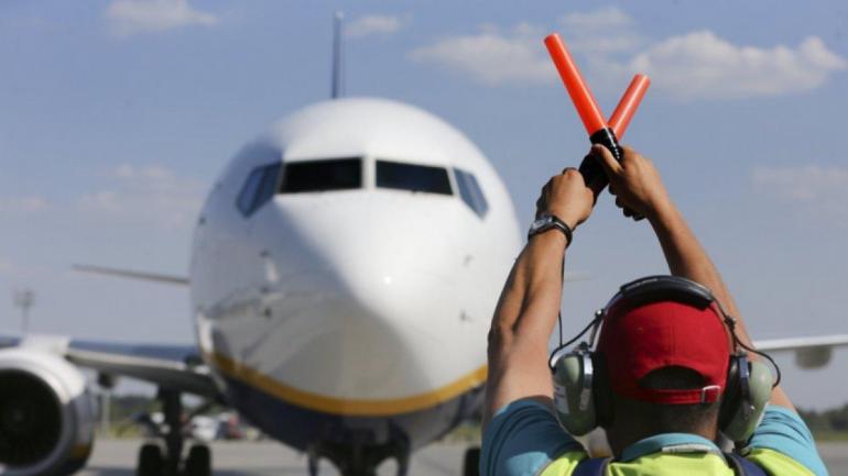 Команда Зе вернет самолеты в Россию? Известен ответ - фото 1