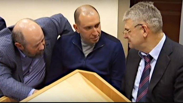 Альперин с адвокатами идет в САП - фото 1