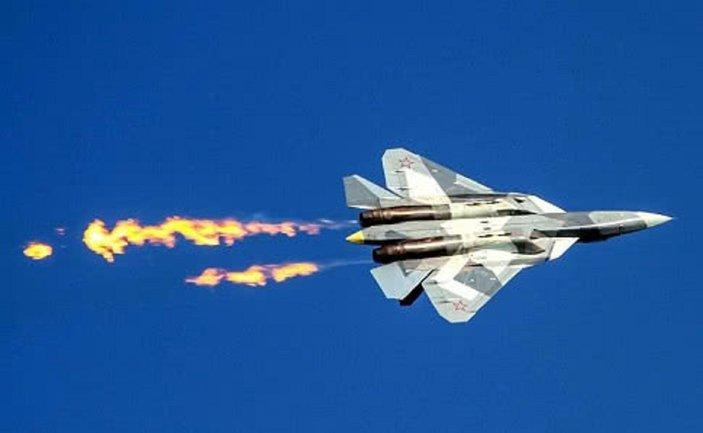Русский истребитель шмякнулся об землю. Как так получилось?  - фото 1