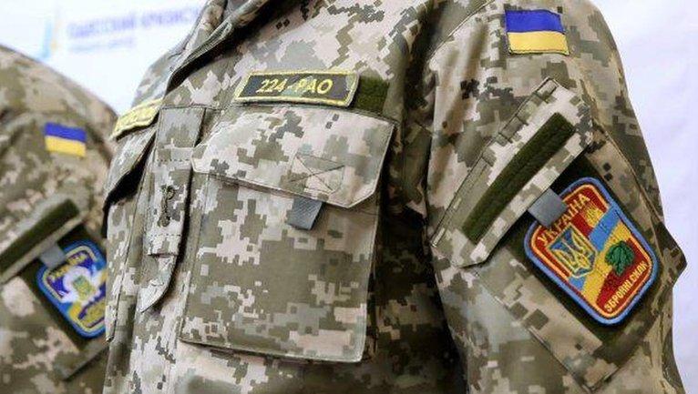 В драке одной из военнослужащих выбили зуб - фото 1