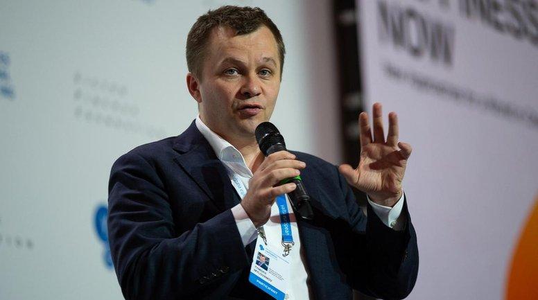 Милованов всегда получает огромные премии, но врет о доходах - фото 1