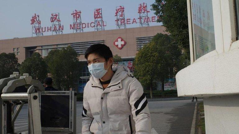 Количество зараженных новым вирусом в Китае и по всему миру растет - фото 1