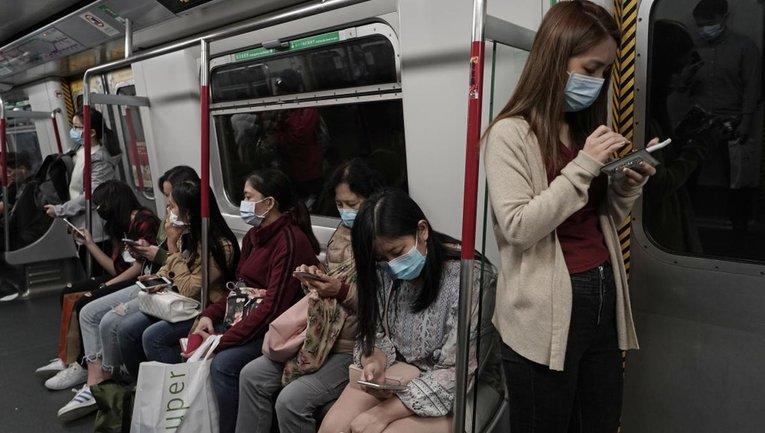 Китайский коронавирус начал забирать жизни вне очага заражения - фото 1