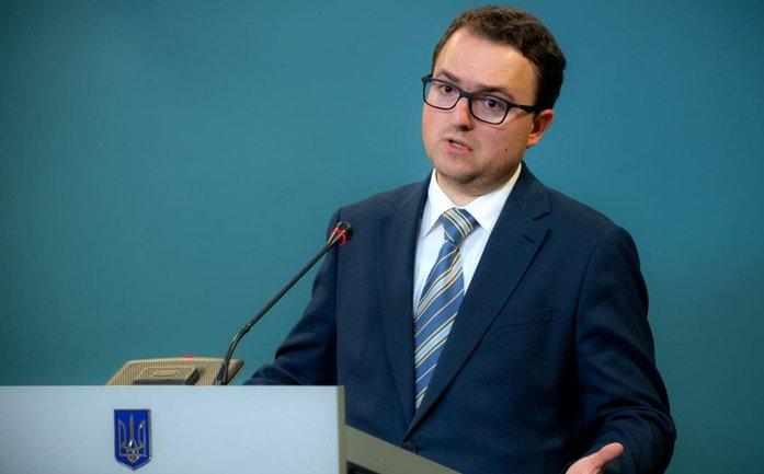 Кориневич считает, что возвращать Крым сейчас не нужно - фото 1