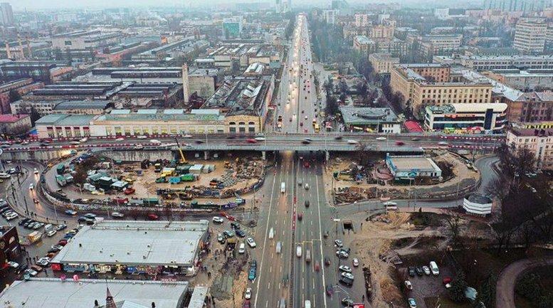 Шулявский мост не могут построить без разрушения аварийного здания - фото 1