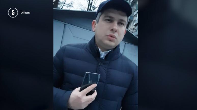 Евгений Коваль мстит журналистам за расследование о нем - фото 1