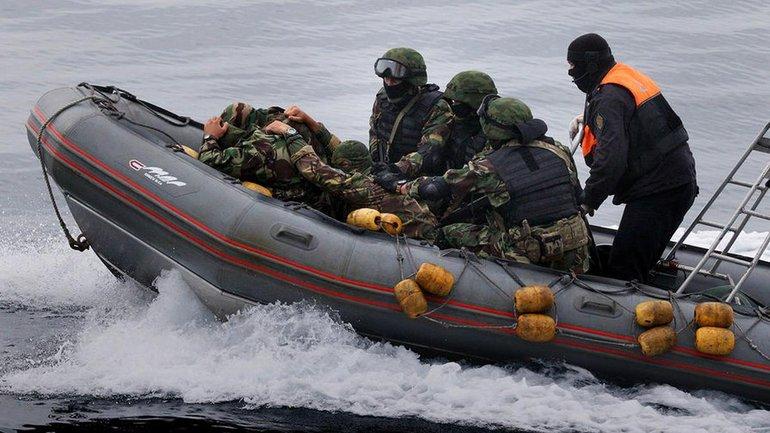 ФСБшники отпустили похищенных украинских рыбаков - фото 1