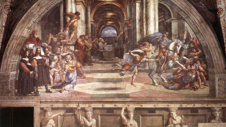 Винничанки испоганили фреску Рафаэля, сеть ревет от ярости – ВИДЕО  - фото 1