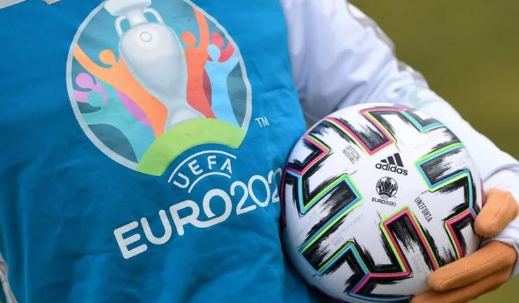 Футбольные соревнования по всей Европе могут перенести - фото 1