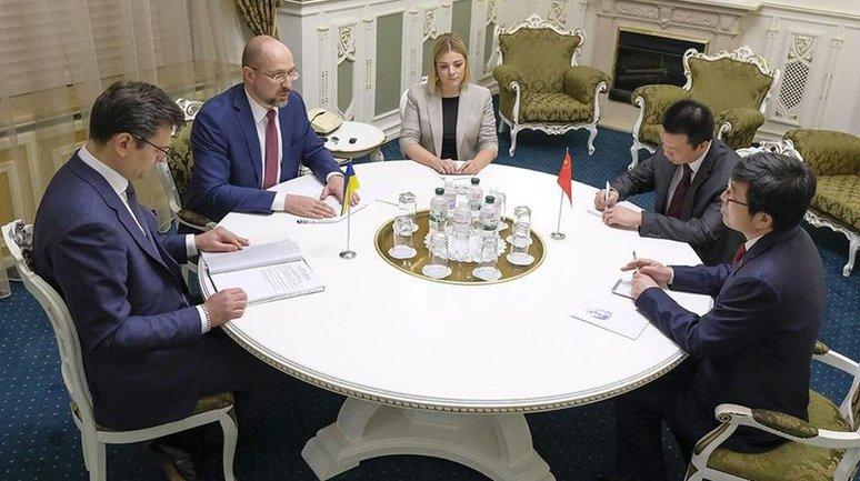 Китайцы помогут Украине пережить кризис - фото 1